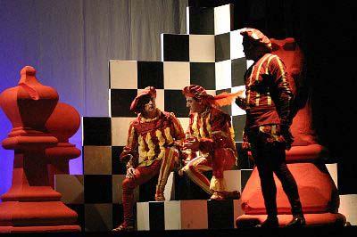 """Scenografia per """"Il Nodo"""" teatro – Desenzano del Garda"""